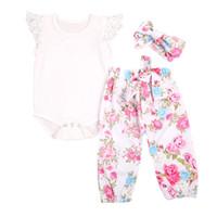 kız 3adet çiçek dantel toptan satış-3 ADET Çiçek Giyim Seti 2017 Yenidoğan Bebek Kız Dantel Romper Bodysuit Tops + Çiçek Pantolon Pantolon Bandı Kıyafetler Çocuk Giysileri