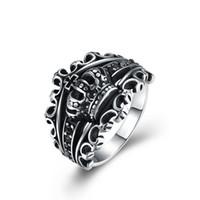 herren ringe krone großhandel-GOMAYA Mens Crown Ringe Neue Mode Ring Heißer Verkauf Schwarz Royal King Crown Ritter Fleur De Lis Kreuz Vintage Ringe für Männer GMYR260