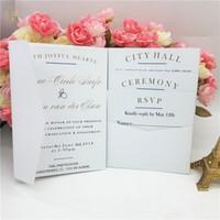 invitaciones blancas de lujo al por mayor-Nuevo Tir-fold Laser Cut Luxury White Pearl Tarjeta de invitación de boda Personalizada Banquete de boda al por mayor Imprimible Tarjeta de invitación Sobres Sobres
