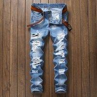 ingrosso jeans a mosca per bottoni per uomini-Jeans strappati da uomo 2018 Pantaloni slim fit jeans blu chiaro Pantaloni da uomo distrutti distrutti Pantaloni da mosca