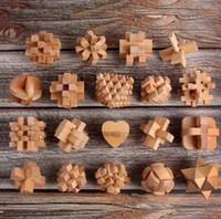 luban lock puzzle großhandel-17 design Kongming Luban Lock Chinesisches Traditionelles Spielzeug Einzigartige 3D Holzpuzzlespiele puzzle pädagogische spielzeug KKA6302