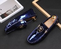 ingrosso scarpe di glitter blu per il matrimonio-Uomini zapatos hombre Appartamenti comfort glitter britannico Gommino Scarpe da guida 2019 Homecoming Abito da sposa maschile prom Formal blue shoes