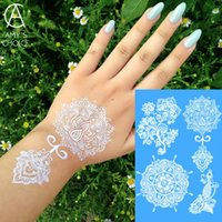 белая татуировка хны оптовых-Waterproof Metallic Gold Silver White Temporary Tattoo For India Henna Tattoo Love Flower Pattern