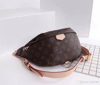 Wholesale one shoulder tote - Wholesale-100% Real genuine leather women bags lily o word chain one shoulder small bag women messenger bags handbag leather bag B70-198