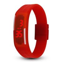 reloj digital del deporte de la jalea al por mayor-2018 NUEVO reloj de color caramelo de moda 14 colores Reloj de jalea de silicona Unisex Deportes LED relojes Men's Women touch Touch Digital Wrist