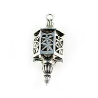 kolye lambası yapmak toptan satış-Moda Vintage Gümüş Metal Damla Işık Şekli Kolye DIY Kolye Yapımı için Antik Stil Takı Eşarp Kolye, PT-333