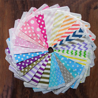 Wholesale wedding candy decoration - 25pcs lot 17*13cm Kraft Paper Popcorn Bag Wavy Stripes Candy Box Christmas Goodie Pouch Party Supply Wedding Decorations Kitchen Accessories
