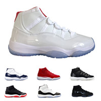 ingrosso abito bianco rosso prom-11 Rosso Bianco Prom Night Cap and Gown Palestra Red Heiress Black Stingray Midnight Navy Concord Scarpe 11s Mens Womens Bambini Sneakers da basket