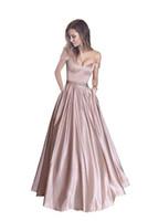 ingrosso vestito da promenade in raso arrossamento-Blush Pink Satin Abiti da sera lunghi Off spalla Prom Dresses Abiti da sera in rilievo Piano Lunghezza Abito da sera