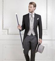 schwarzer tailcoat anzug groihandel-Cool Black Bräutigam Smoking Männer Hochzeit Frack Bräutigam Anzug Besten Männer Anzug schwalbenschwanz Mantel (Jacke + Pants + weste)