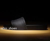 sandales de plage chaussures pour hommes achat en gros de-Haute Qualité De Luxe Marque Designer Hommes D'été En Caoutchouc Sandales Plage Glisser Mode Éraflures Pantoufles Chaussures Intérieur Taille 39-46