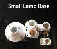ingrosso supporto e12-E14 Vite tonda portalampada E17 Square Welding Exhibition Base lampada E12 Small White Black Light Socket