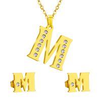 143af5091 Inicial de aço inoxidável do vintage letra M alfabeto conjuntos de jóias  estilo clássico Bling cristal colar de ouro e brincos
