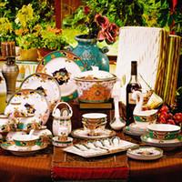 europäischer stil knochen porzellan gesetzt großhandel-Chinesisches Geschirr des Geschirrgeschirrs Bangkok-Art europäisches Bone China stellte Tellerhaupthochzeitsgeschenk ein