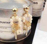 corea 14k de oro al por mayor-Corea moda cristal perla borla cuelga los pendientes de gota diseño de letras Eardrop 14 K pendientes de oro para mujer niña joyería del banquete de boda