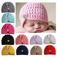 beanies de strass venda por atacado-Maternidade chapéu Do Bebê Gorros De Malha Strass chapéus de crochê Indiano proteção de orelhas de Inverno por atacado