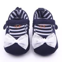 weiße segeltuchschuhe kleinkinder großhandel-Baby Mädchen weiche Sohle Schuhe Marineblau Denim mit weißer Spitze Bowknot Kleinkind Canvas Schuhe