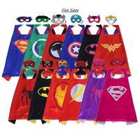 films de noël enfants achat en gros de-Hot cape de super-héros + masque pour enfant et adulte 5 tailles choix double couche satin film costumes party favors cadeaux d'anniversaire de Noël Halloween