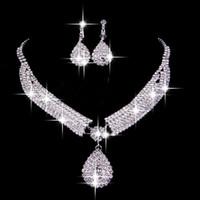 gelin damla damla mücevherat toptan satış-Vintage İki Adet Takı Setleri 2019 Lüks Damla Küpe Kolye Gelin Kolye Sıcak Satış Ucuz Düğün Gelin Aksesuarları