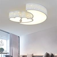 lámpara de la habitación de la luna al por mayor-Moderno minimalista en forma de corazón luna lámpara de techo lámpara de dibujos animados de hierro forjado para niños sala de jardín de infantes sala de bodas dormitorio