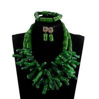 conjunto nigeriano de boda de coral al por mayor-Conjunto de joyería de perlas de coral de boda nigeriana africana Conjunto de collar llamativo de perlas gruesas verdes Estilo barroco CNR035