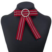 блузы большие луки оптовых-Леди Кристалл полосатый ткань ткань брошь блузка рубашка Платье большой большой узел лук броши для женщин поддельные воротник партии