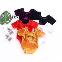 pleuche kleidung großhandel-2018 Sommer Baby Strampler Kurzarm Backless Bowknot Pleuche Strampler Overall Infant Baby Cord Strampler Neugeborene Kleidung 5 Farben
