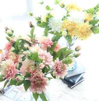 flores da dália vermelha venda por atacado-Meninas Dália flor Hortênsias Cores Vermelhas Flores Falsas Presentes Elegantes para Centrais De Casamento Em Casa Partido Dinning Restaurante