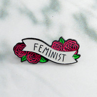 alfileres florales de solapa al por mayor-Rosa roja Floral Feminista Pins Insignias Broches Esmalte Pin de solapa Mochila Bolsa Accesorios Regalo para mujeres niñas