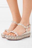 rote bequeme sandalen großhandel-Komfortable Damen Red Bottom Cataconico Wedge Sandalen mit Nieten Perlen High Heel Knöchelriemen Gladiator Sandalen Damen Kleid