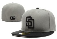 Wholesale gray fan - 2018 New Men's Padres fitted hat gray top black visor flat Brim embroiered SD letter team logo fans baseball Hat padres full closed Chapeu