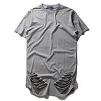 удлиненные негабаритные футболки оптовых-Новая мода расширить негабаритных футболка Kanye West хип-хоп рэп Майка мужчины разорвал уничтожить отверстие хлопок футболка Homme Хабар топы