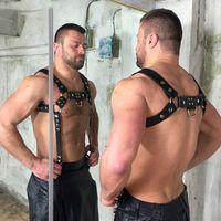 ingrosso cintura fetish bondage-Cuoio di alta qualità Cuoio per gli uomini Cross Body Bondage Reggicalze Bretelle Sexy cinghie Fetish discoteca Cinture Cummerbunds