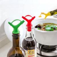 Wholesale Plastic Sauce Bottles - 2018 Double Oil Bottle Mouth Stopper Plastic Sauce Bottles Nozzle Caps Wine Stopper Pour The Liquid Guiding Device Free DHL XL-438