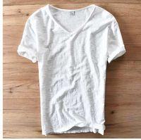 weiße t-shirts v hals männer großhandel-Italien Stil Mode Kurzarm Baumwolle Männer T-shirt Casual V-ausschnitt Weiß Sommer T-Shirt Männer Marke Kleidung Herren T-shirts Camiseta