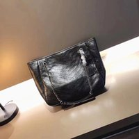Wholesale waxed nylon - Large capacity designer handbags chain shoulder USA style women fashion totes cluth messenger bags oil wax leather ladies bag