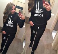 survêtement noir dames achat en gros de-Vente chaude! Dames Sportsuit Long Pantalons Hoodies Costume Survêtement pour Femmes 2 Pièces Ensemble Streetwear Sweat Pullover Gris Noir Sportwears