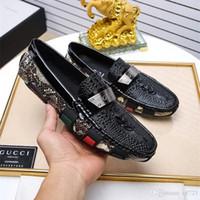 arbeit müßiggänger großhandel-Mode Luxus Herren Loafers Lederschuhe Kleid Hochzeit Casual Walk Schuhe Büroarbeit Made in Italy Schuhe Marken Größe 38-44