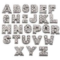 letras de medallón de cristal al por mayor-26/52 (Unids / lote) Cristal Checa Encantos Flotantes Alfabeto A-Z Cartas Lote para Vidrio Vivir Medallón de Memoria Plata Color Resultados Componentes