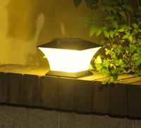 ingrosso piazza recinzione-18 LED Lampada solare pilastro Impermeabile Super Bright Lights Outdoor Gate Fence parete cortile Cottage famiglia Park Square Lamps LLFA
