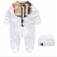 Wholesale new born unisex clothes online - Baby Romper with hat new born baby clothes onesie Jumper for M
