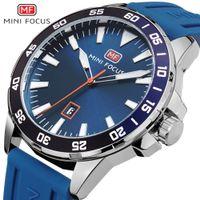 ingrosso gli uomini guarda la marca della porcellana-Gli uomini di marca della Cina guardano gli orologi analogici al quarzo blu Rubber Band 30M orologio da polso impermeabile Uomo calendario orologio Relogio Masculino