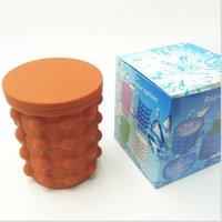 bolsas de verano de silicona al por mayor-colores Silicone Ice Cube Maker 2018 summer Ice Buckets Kitchen Tool Molde cubo Ahorro de espacio Viajes Bolsas de hielo para cervezas al aire libre mejor viaje