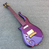 guitarra elétrica branca esquerda venda por atacado-De cana-de-diamante série príncipe metálico roxo nuvem guitarra elétrica Maple corpo pescoço, símbolo de ouro embutimento, única bobina EMG branco captador