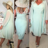Wholesale Mother Bride Casual - Mint Green V Neck Column Short Mother of the Bride Dresses with Wrap Plus Size Casual 2018 Chiffon Evening Gowns Lace Tea Length SM019