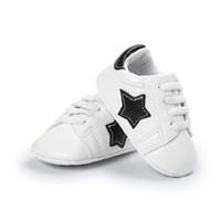 1b14f5c51c943 Enfants en bas âge garçons fille chaussures de bébé à semelle souple peu  profonde mode modèle étoiles préambules lacets pour 0-18 mois premiers  marcheurs