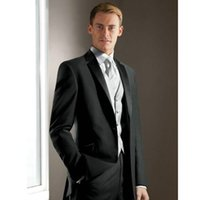 chaqueta de satén gris al por mayor-Elegante Groom's Wear Gris carbón Notch Satin Lapel Tuxedo Trajes de boda Best man's 3 Peices Suits (jacket + Pants + chaleco)