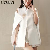 frauen mantel broschen großhandel-LXUNYI Mode Sommer Weiß Blazer Cape Office Wear Frauen Cape Blazer Jacke Mantel Ein Knopf Perlen Brosche Mantel Mantel Weiblichen