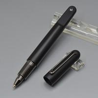 caneta esferográfica de alta qualidade venda por atacado-Alta qualidade M série resina Roller Ball Pen / Fountain pen escola papelaria 4810 Magnetic encerramento cap ball pens presente