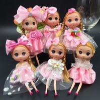 mochilas princesas al por mayor-Princesa Boda Muñeca Mochila Llavero Llavero Colgantes Encanto Juguete tiro favores Niños Niños Regalos baby dolls 18 cm